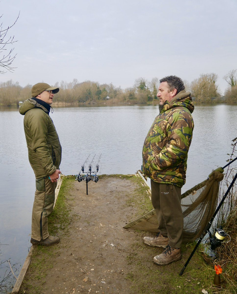St Georges legend tells fishery owner Chris how to catch <b>Winter</b> carp in the daytime! #carpfis
