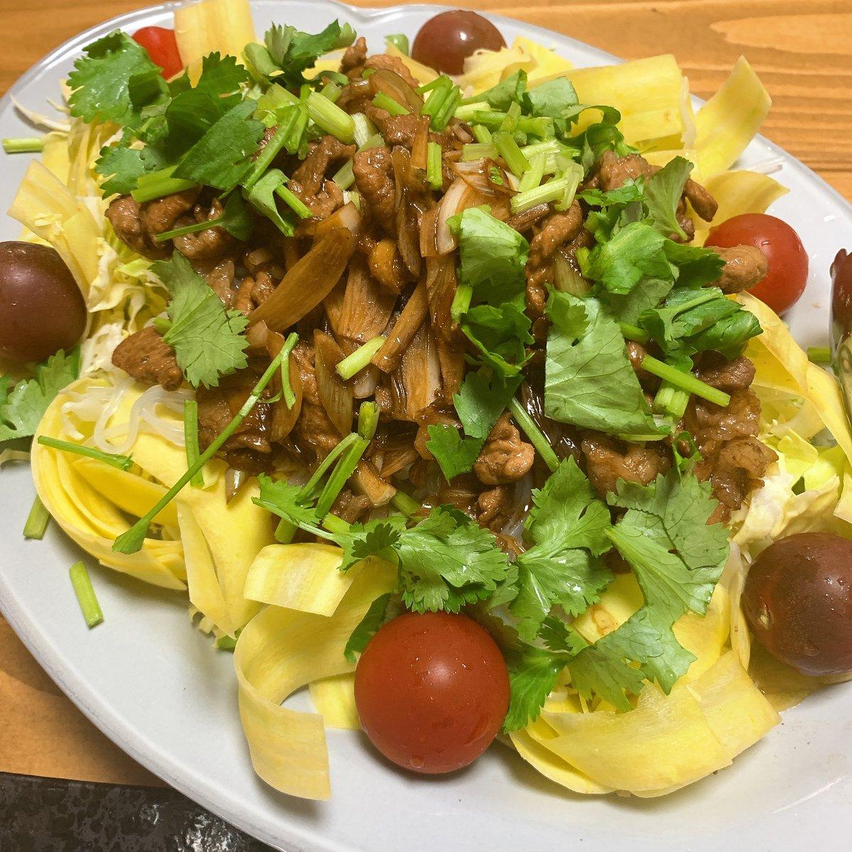 test ツイッターメディア - 今晩メニューは、全てNHKの番組で紹介されていたもの  ロールキャベツ→ #栗原はるみ さん 先月の「きょうの料理」 ホタルイカとそら豆のホイル焼き&春きゃべつと豚肉のおかずサラダ→ #あさイチ   あさイチのレシピ、食材も庶民的で、簡単に作れるので最近のお気に入り  #おうちごはん #ずんキッチン https://t.co/92ULcKETXK