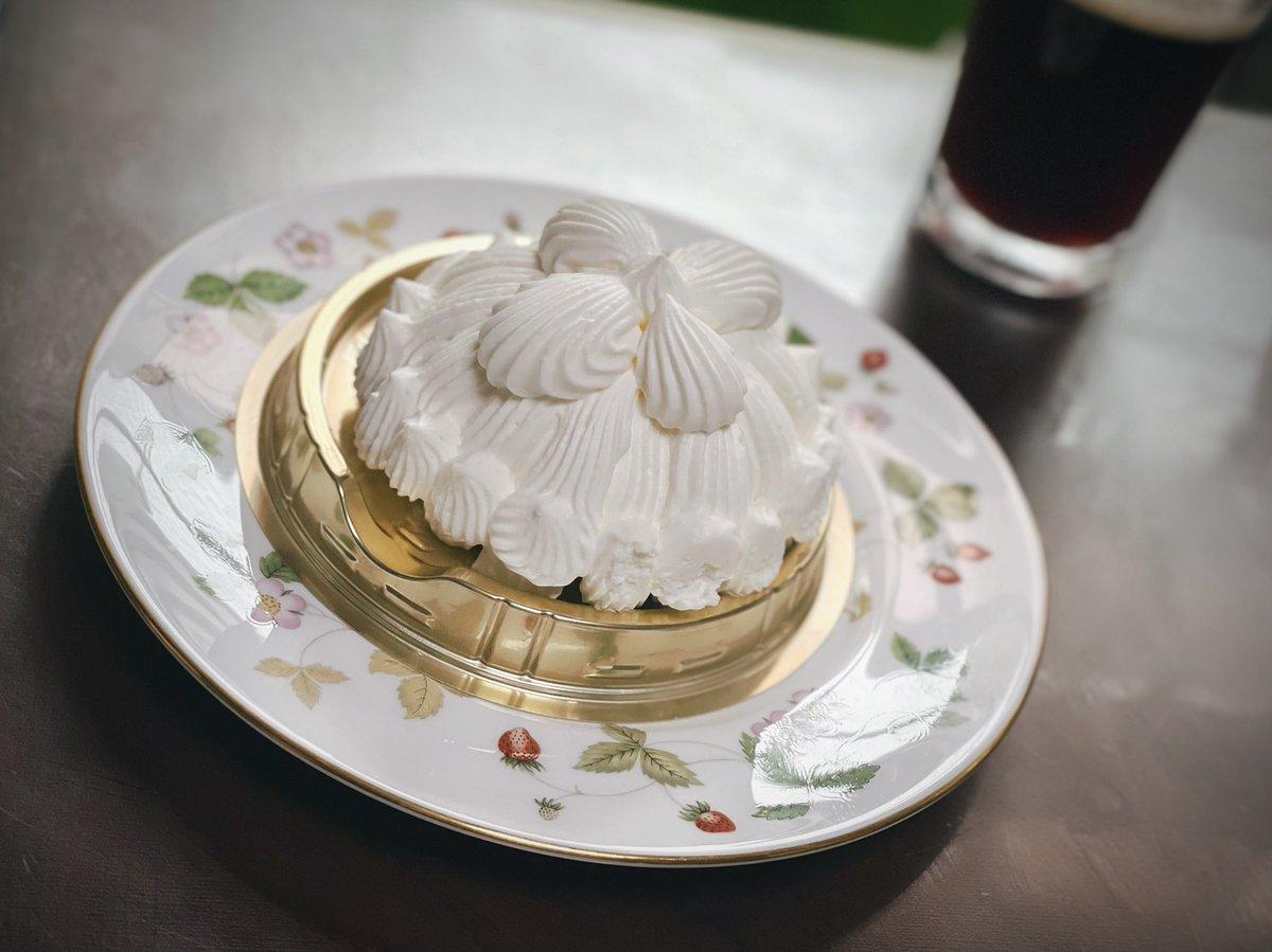 test ツイッターメディア - 今からお茶タイム☕️ 東京會舘マロンシャンテリー  ペリカンの食パン🍞👍  推しの可愛いのが当たったしーー  今日もいい日だった🤣🤣🤣  しかし、コロナの人数が増えているなあ🥺 https://t.co/Kdp6jsEZV0