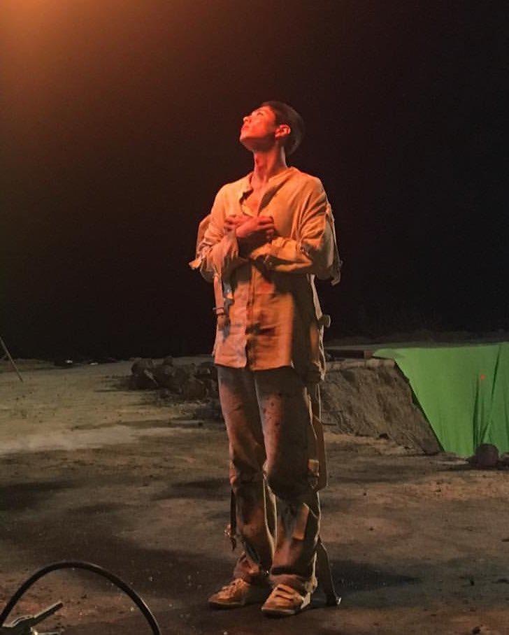 test ツイッターメディア - パクボゴムさんとコンユさん主演映画      【徐福】 いよいよ本日母国🇰🇷で公開です🎦🎉  @BOGUMMYおめでとうございます🔫㊗️🎊  日本での上映も楽しみにしてます🙌  #徐福  #서복천만관객기원 #ArigatoSEOBOK #日本公開ありがとう https://t.co/DH1522Y7zT