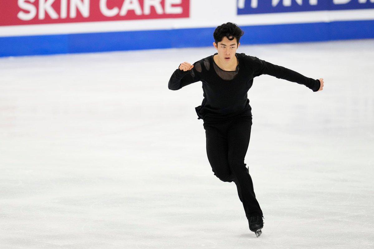 test ツイッターメディア - #ネイサン・チェン 🇺🇸 平昌五輪後は出場した全大会で優勝しており、先日の世界選手権では3連覇を達成! 北京五輪に向けて、現在は名門イェール大学を休学しスケートに専念している。 昨年GPアメリカ大会の際は「写真パネルに見覚えのある日本人ファンがいて嬉しかった」と話していた! #nathanchen https://t.co/uzTSokY8uN