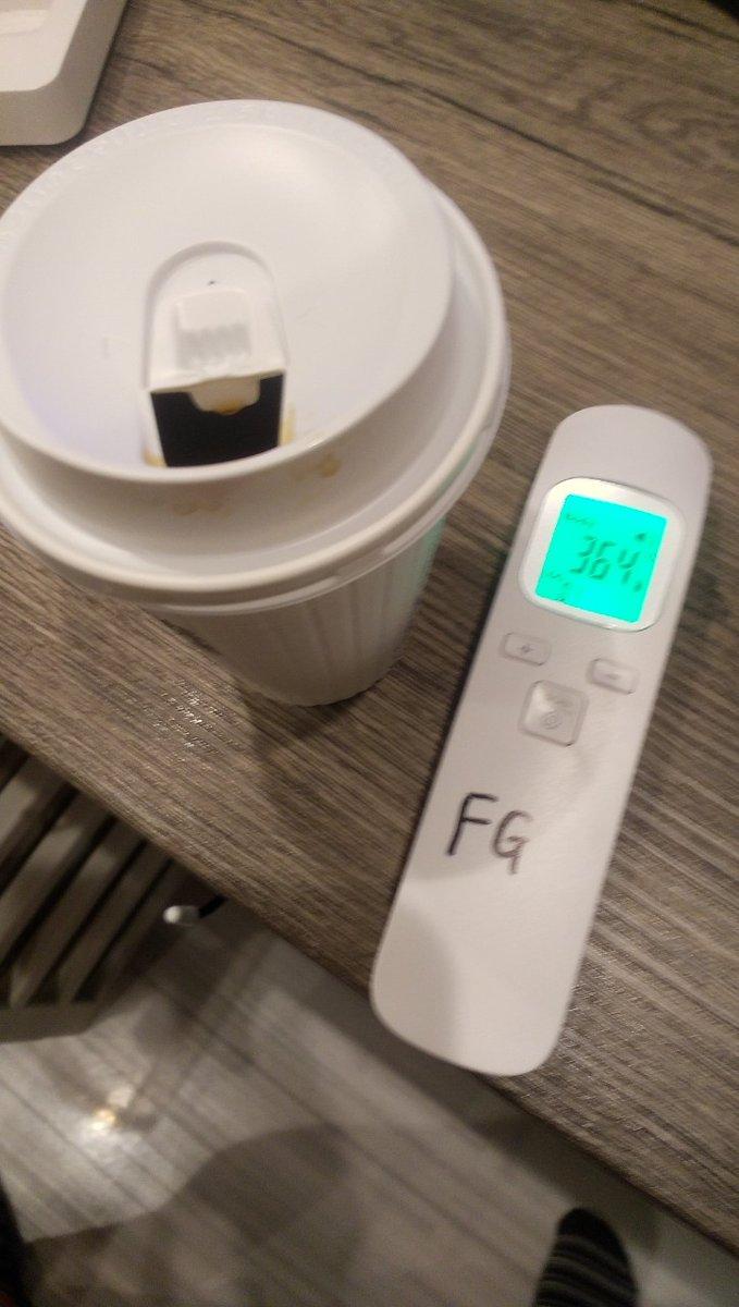 test ツイッターメディア - こんにちは アフロ君です(●´ω`●) 本日も体温良好♪ホットコーヒーです! 曇り天気!!気温低めかな? 面接予定2名で本日空きございます!! お問い合わせお待ちしております!!  ☎:0120-009-706 LINE ID:fg55fg Eメール:info@feeling-yk.com https://t.co/DG3G8axyrM