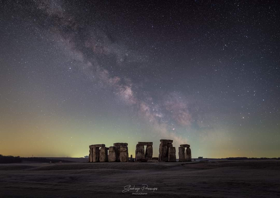 The beautiful Milky Way rising over Stonehenge at 04.15  Credit - Nick Bull 🔭⭐#milkyway #astronomy