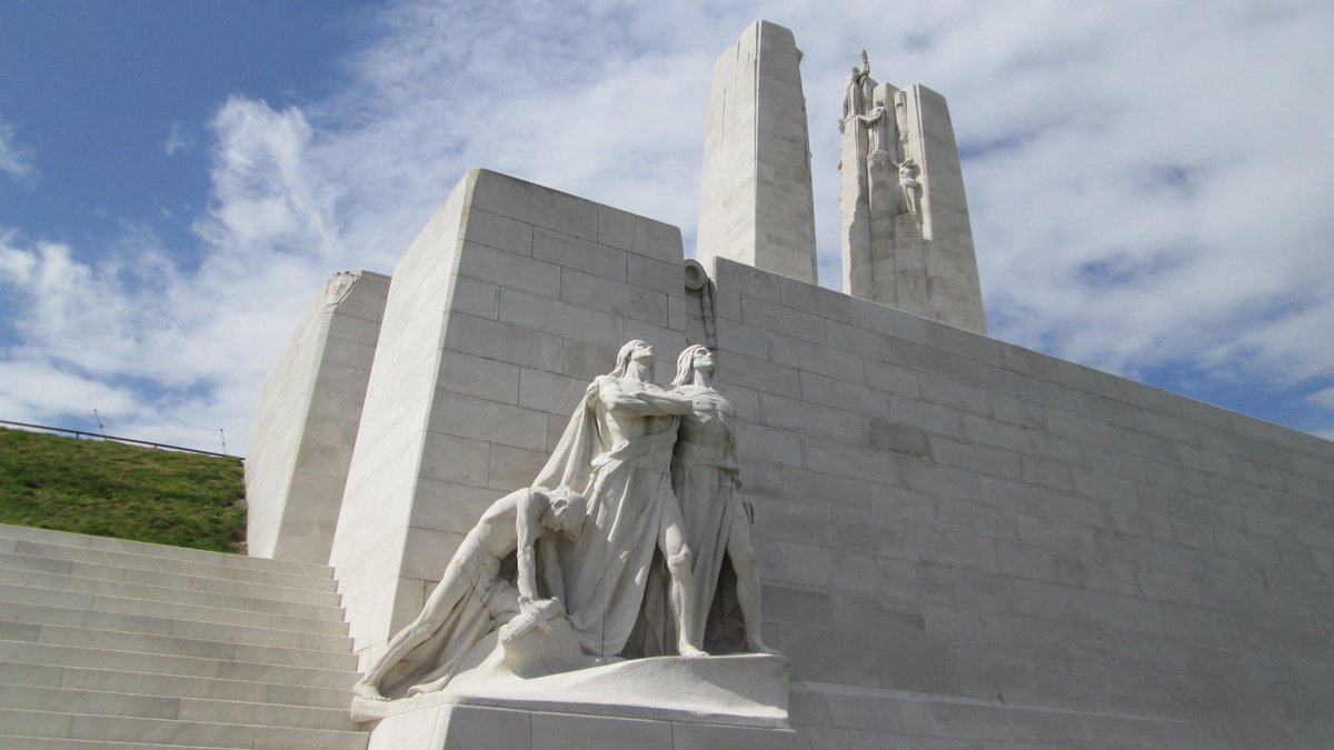 test Twitter Media - The Battle of Vimy Ridge started on this day in 1917 and is still considered one of Canada's most celebrated military victories. However, it came at a cost as it resulted in 11,000 casualties and of these 3,600 Canadians killed. #VimyRidge #LestWeForget #WWI #CanadaRemembers 🇨🇦 https://t.co/EGRkCiEy3m