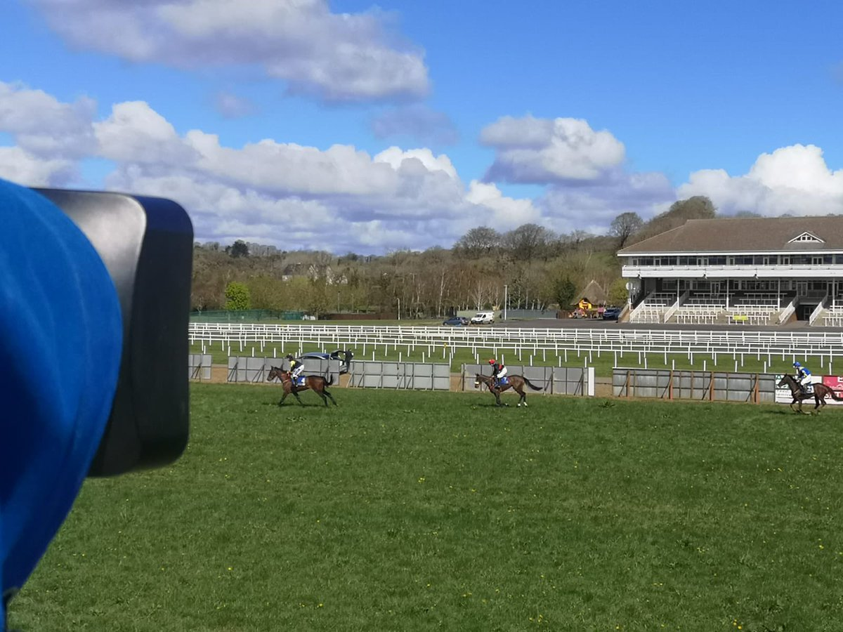 test Twitter Media - Great to be back on the @corkwaterp2p circuit today - hosted by @corkracecourse  #p2p @irishp2p https://t.co/ODoZe7Afmu