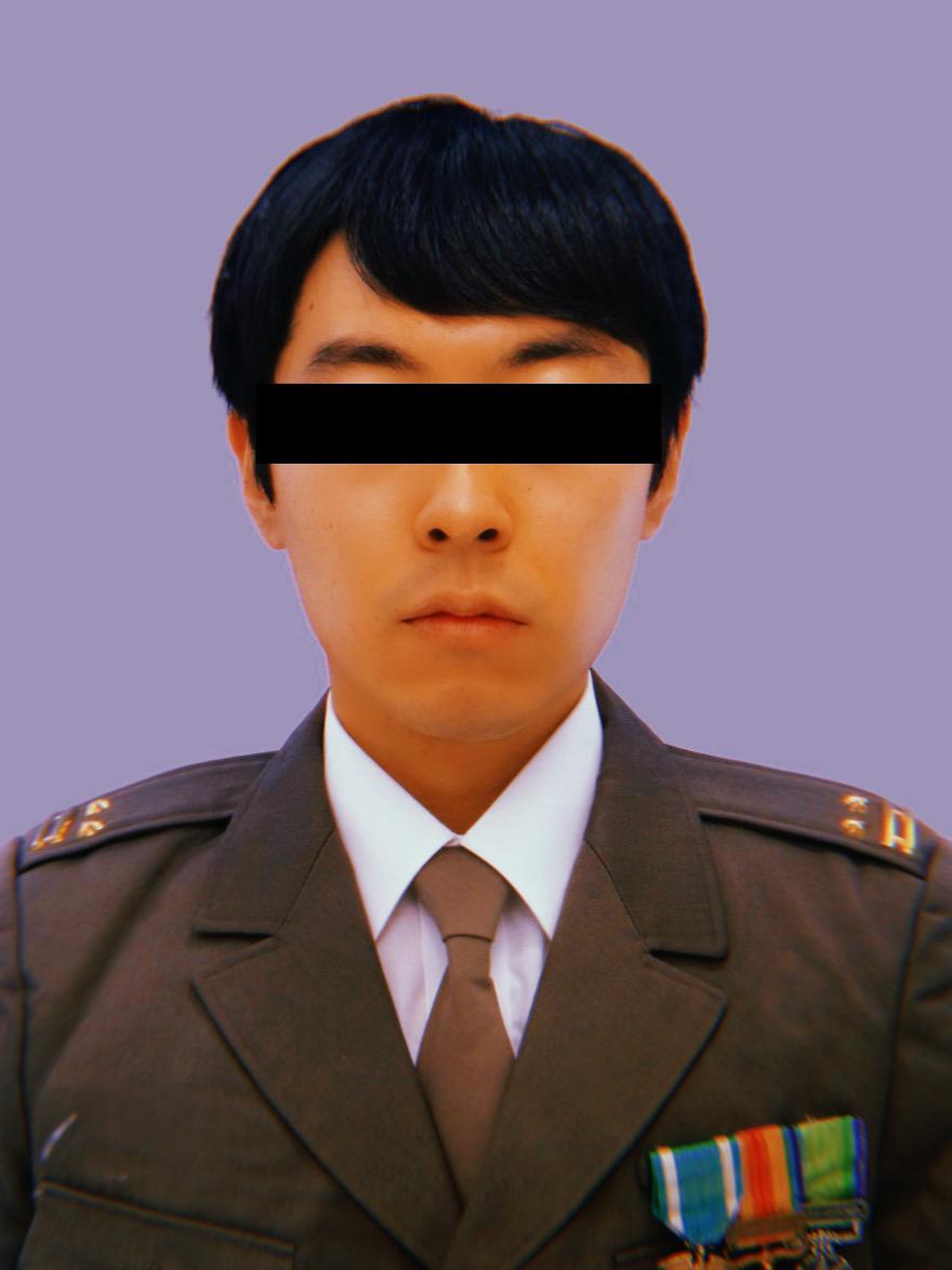 """test ツイッターメディア - 陸自70式制服に旧軍の勲章類を佩用して、""""旧軍出身自衛官""""のコスプレで顔写真を撮ってきました。胸元の勲章が切れちゃうのが仕方無いけど残念。その場で昭和っぽい髪型にしてみようと思ったら、『リーガル・ハイ』の古美門研介になりました。 https://t.co/jTGQawzO5B"""