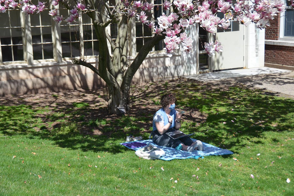 test Twitter Media - Last week, our students took time outside and enjoyed the spring weather. https://t.co/OM2czTLE5o