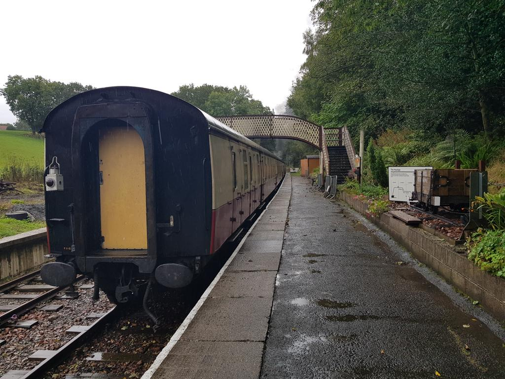 test Twitter Media - RT @john_spacey: It's a dreich day at #Birkhill today. Still a bonny Station.  #SupportOurSRPS @bonessrailway https://t.co/Lggt7Hbs1T