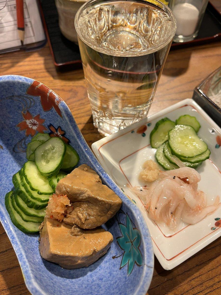 test ツイッターメディア - アンコウの肝と白エビ酢のもの そしてガスエビ揚げで 日本酒は立山に移ります! ガスエビ旨い うきうきしてきましたよ^_^ #金沢 #金沢おでん #勝一 https://t.co/62K2o2FgNy