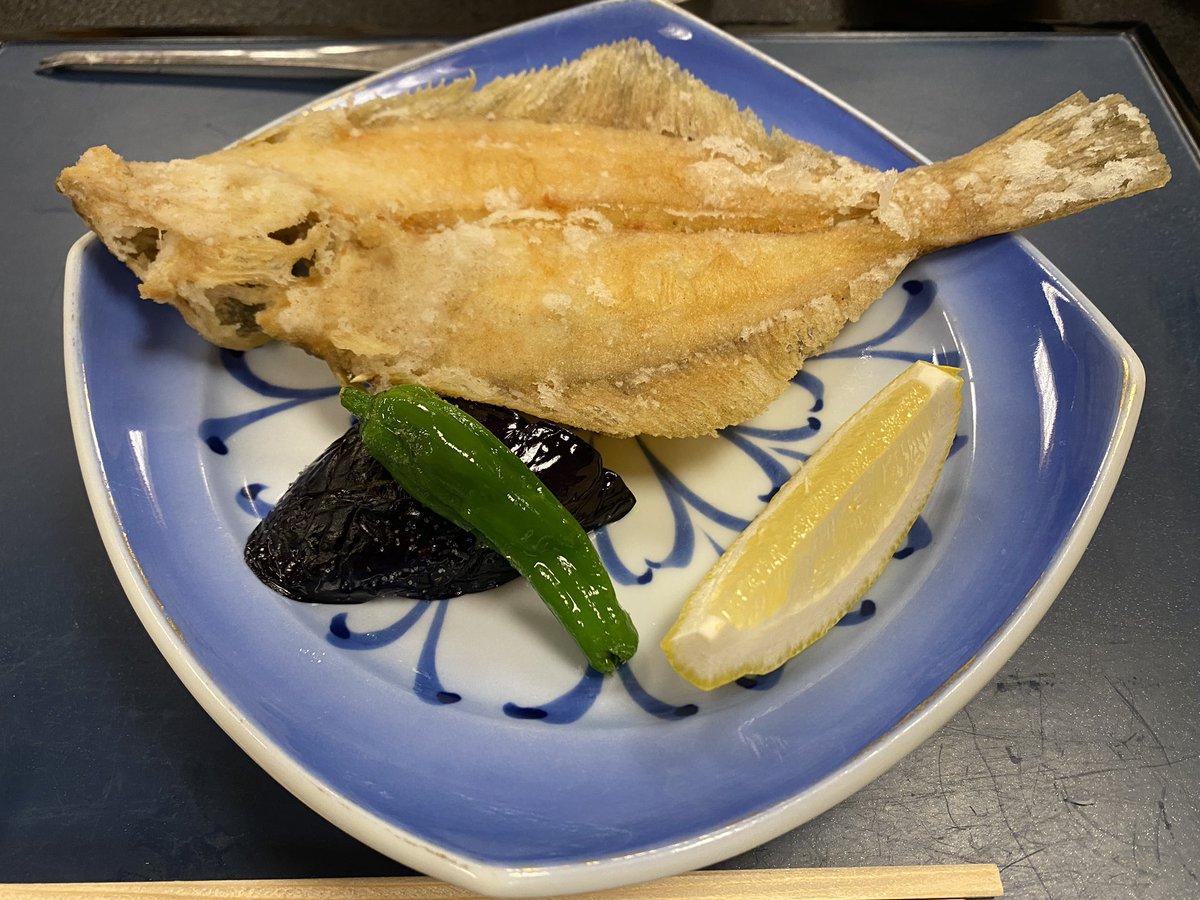 test ツイッターメディア - - その3 日本酒は、滅多に味わえない久須美酒造の亀の翁。 水の様な超辛口。 コレは絶品やわ🍶 カレイの後は、ご飯2杯と味噌汁。 あー、美味かった🤗 https://t.co/VYiWelRLFn