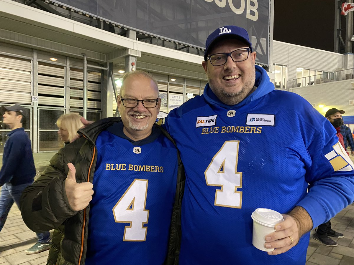 test Twitter Media - This long time Edmonton fan wore the right colours tonight. And a great choice on the number as well! https://t.co/FHXZqHhSrG