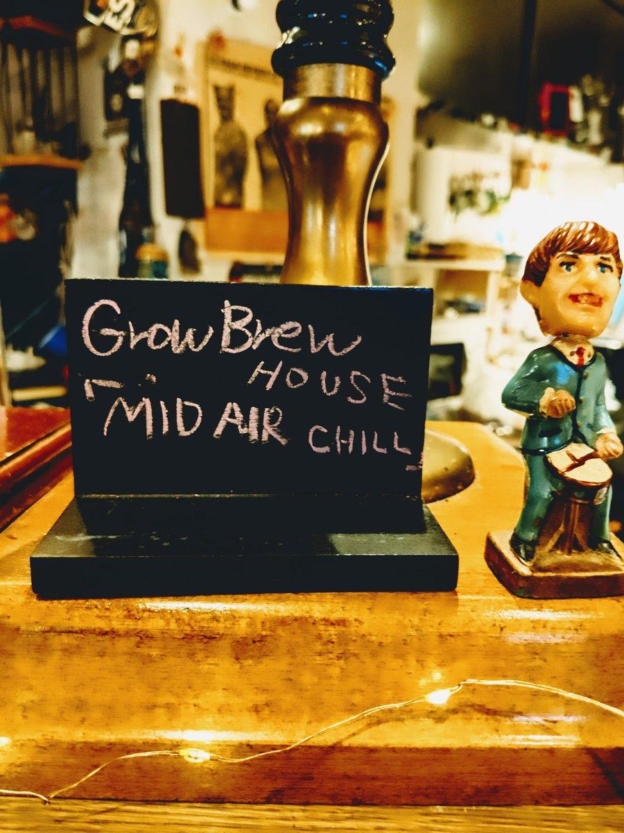 test ツイッターメディア - NONSUCH🇬🇧🌈 10/16(sat) Open14:00 Close 21:00 L.O 20:00  Grow Brew House 『MID AIR CHILL』開栓しましたあ〜〜〜!!🥳  Alc:4.8% Style:Herb Ale   地場産ミントを使用したさわやかなビール。さらに白麹を使用することで香りの厚みと飲み口の軽さ、それらをヴァイツェン酵母がまとめています。 https://t.co/ngCpvahFfo
