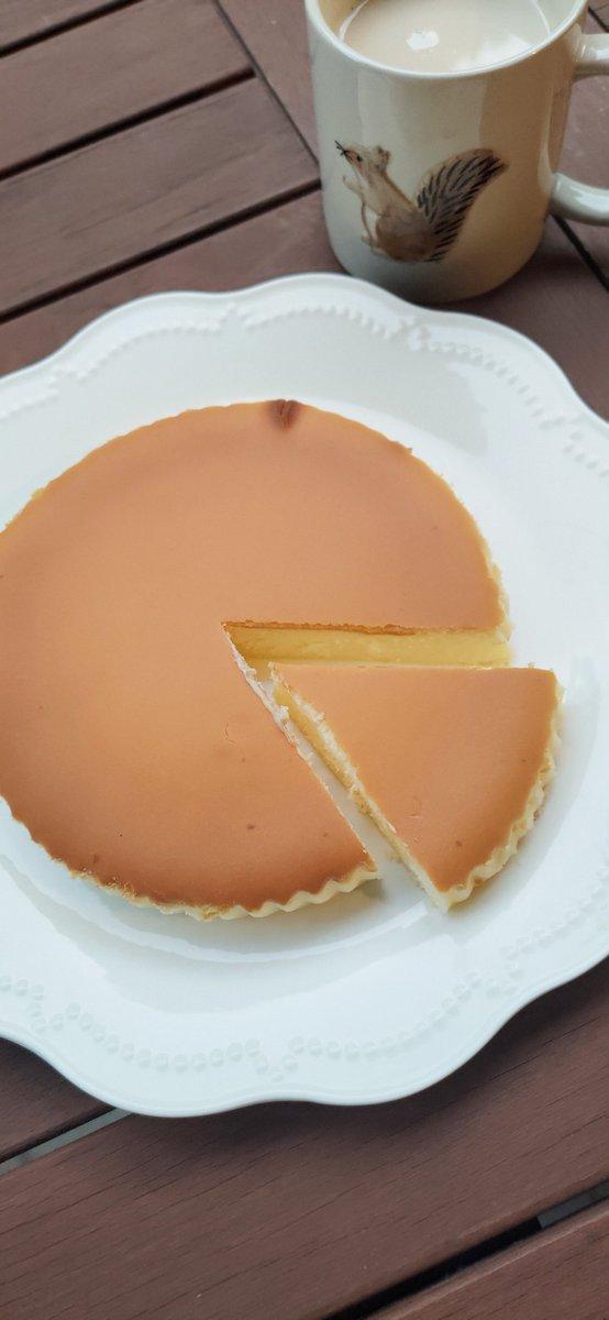 test ツイッターメディア - これ、めちゃめちゃオススメ! 那須にあるチーズガーデンの 「御用邸チーズケーキ」。  チーズをそのまま食べてるような濃厚さでとってもなめらか(>ω<) この値段でこんな美味しいなんてびっくりしたぁ。  通販でも買える♪ また食べたい( ´ ▽ ` ) https://t.co/YpytBksp29 https://t.co/Aq5TYwW7Ys