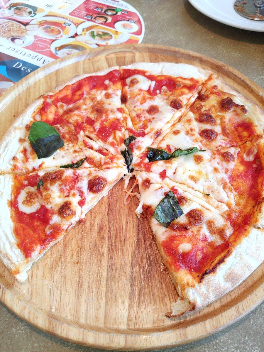 test ツイッターメディア - COCO'Sの包み焼きハンバーグとピザとモンブラン美味しかったな🍕🌰 https://t.co/NRmTF7h75j