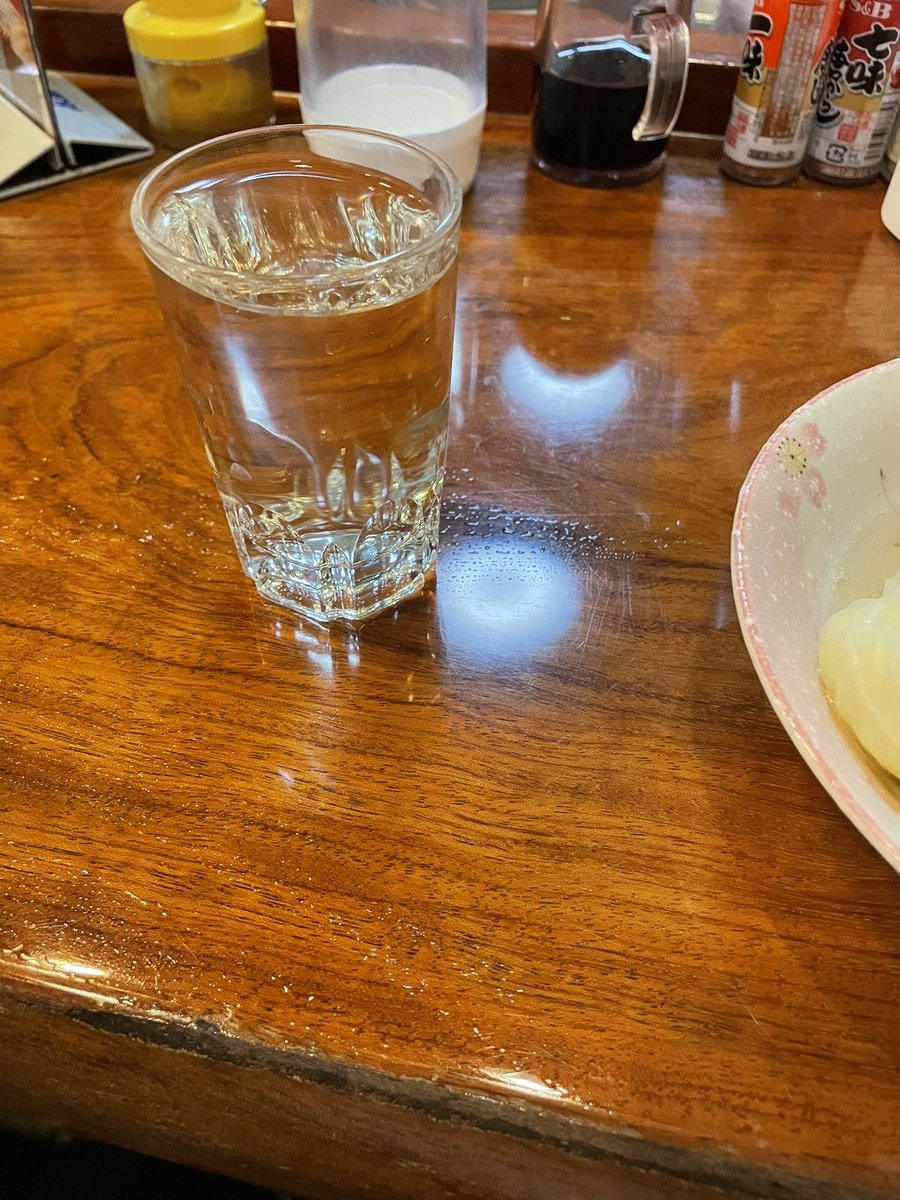 test ツイッターメディア - 作家五木寛之さんも通ってたおでん屋若葉🍢 早速潜入ルポ開始です お酒は日本酒、地元福光屋の福正宗の銀ラベル 車麩とロールキャベツです キャベツはトロトロで美味い 車麩はうずらの卵が入っている https://t.co/kXpLNWqF5Z