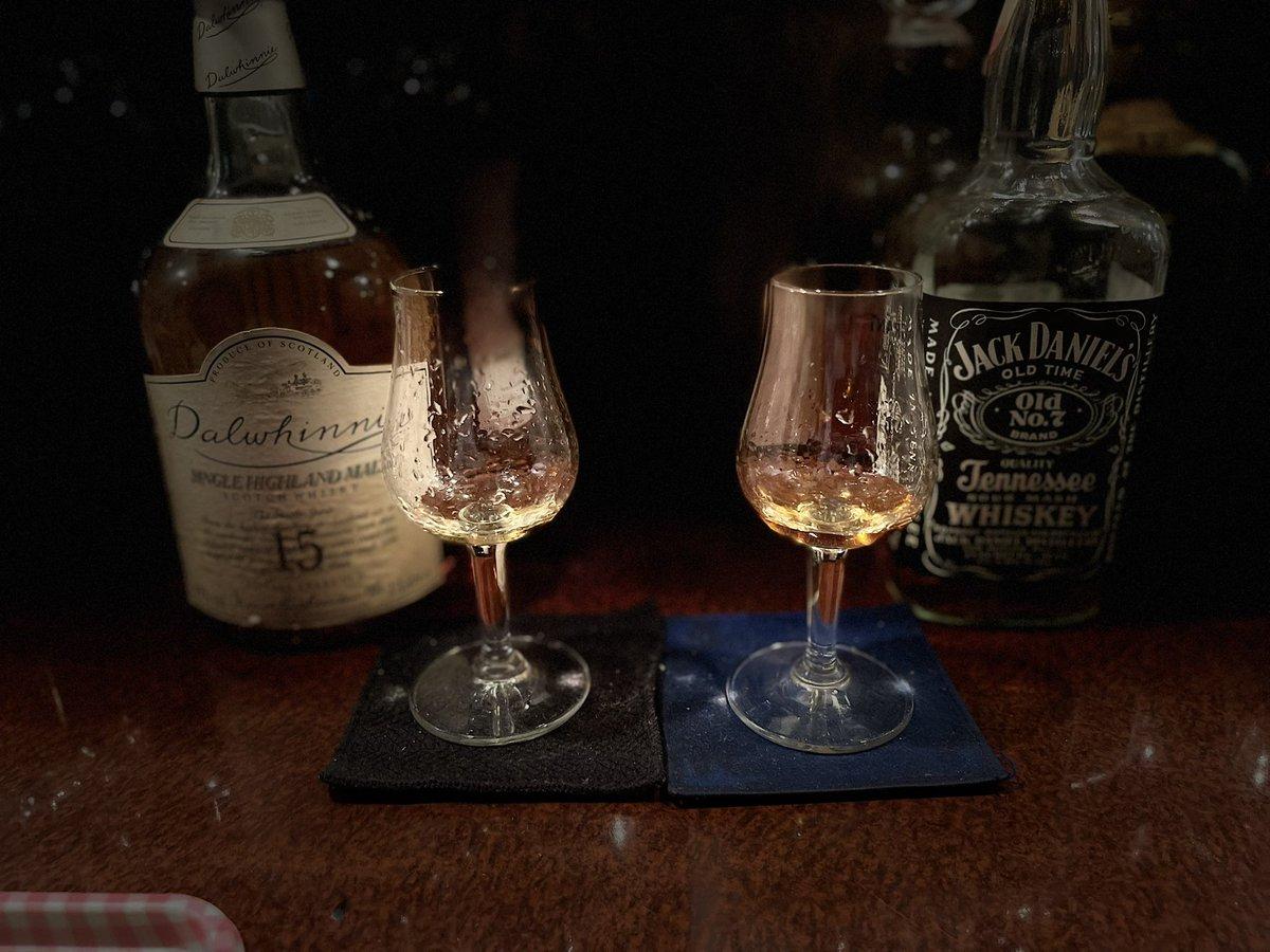 test ツイッターメディア - 最後はこの辺りかな😋  ・ダルウィニー旧ボトルまろやか👌 ・ジャック1981金賞ボトル んまぁ👍  ジャックイイなぁ😌 と、お土産用の.... 東亜酒造さんが羽生原酒をcoopに.. ゴニョゴニョしたやつね👍 #TWLC https://t.co/nlbC5Iw2iM