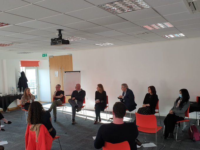 Our expert panel is ready for the Ask the expert session