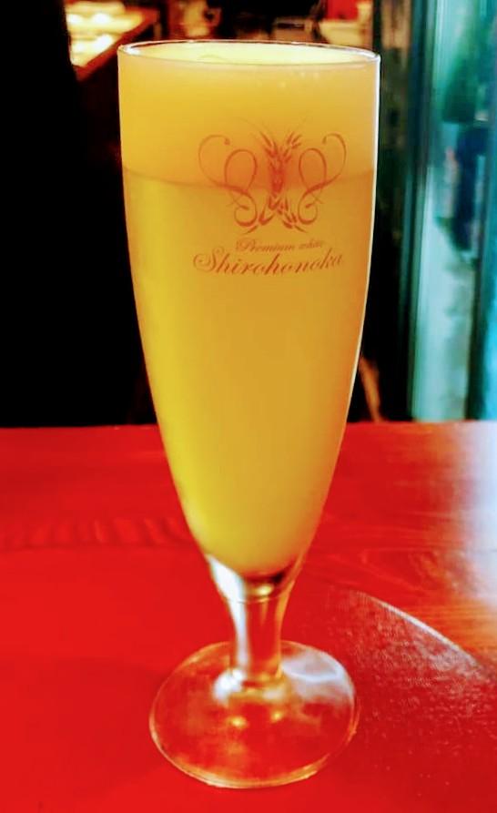 test ツイッターメディア - 爽やかな秋晴れの日曜日。 今日から日曜昼酒営業を復活します。 スタートは泡酒からいかがでしょうか。 生ビールはサッポロ白穂乃香(しろほのか)、日本酒は新政(あらまさ)の亜麻猫スパークリング、ワインはイタリアのオーガニック・スプマンテをご用意して、13時からお待ちしています。 https://t.co/optcKt9GSn