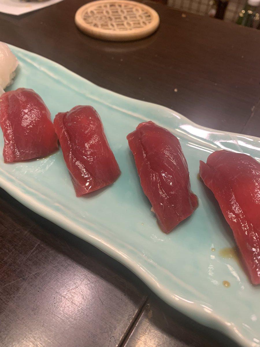test ツイッターメディア - 蘇我駅「銀寿司」で日本酒三昧!ここに並べてあるのは、全て新政ですよ!大判振舞いです!そして、豪華絢爛!お刺身の盛り合わせ!それだけではない!牡蠣、毛蟹、キンキの塩焼き、そしてお寿司…!最高のお店です! #蘇我 #お寿司屋さん #寿司 #日本酒 #新政 https://t.co/IUXzVHzl8A