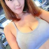 @momochan19194