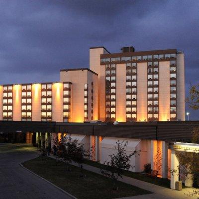 The Best Western Premier Calgary Plaza Hotel