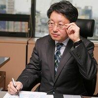 홍용웅 | Social Profile