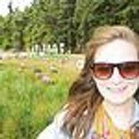 Laura Silver | Social Profile