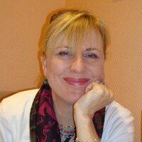 Angela Woellmer | Social Profile