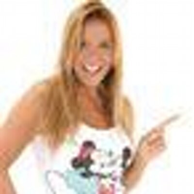 CARLA PEREZ | Social Profile