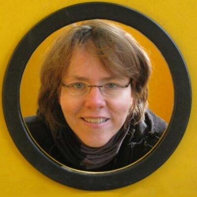 Dorthe Luebbert | Social Profile