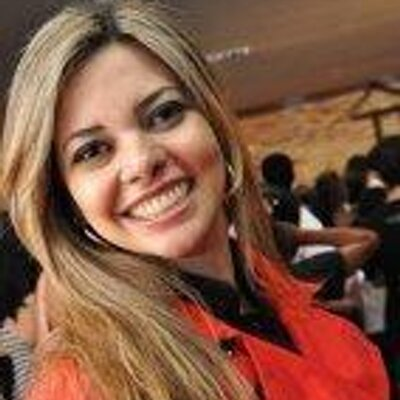 Larissa Melo | Social Profile