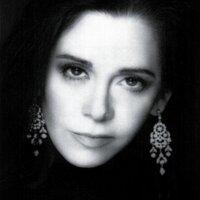 Andrea Blanch | Social Profile