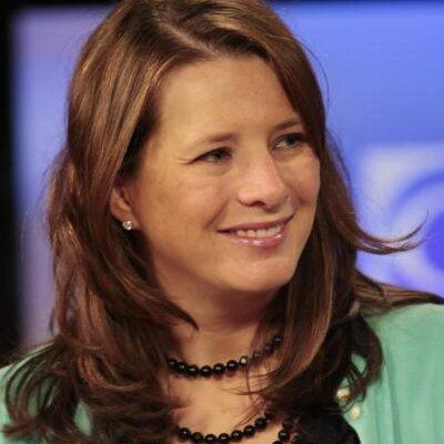 Amy Nichols   Social Profile