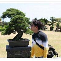 MJ Shin / 신민준 | Social Profile