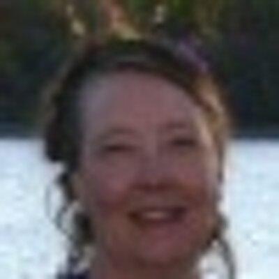 Dee Westcott | Social Profile