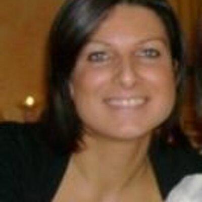 Stefania | Social Profile