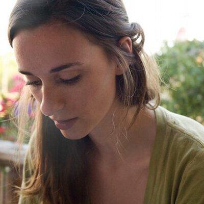 Lindsey Rank | Social Profile