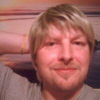 Steve Thomas   Social Profile