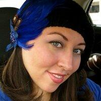 Andrea Leal | Social Profile