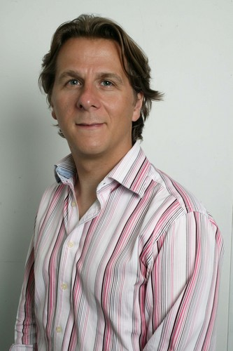 Damian Carrington Social Profile