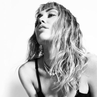 Miley Cyrus Fans's Twitter Profile Picture