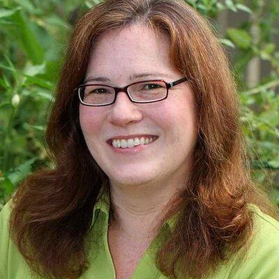 Deborah Geering | Social Profile