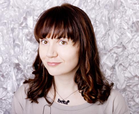 Helen Keen Social Profile