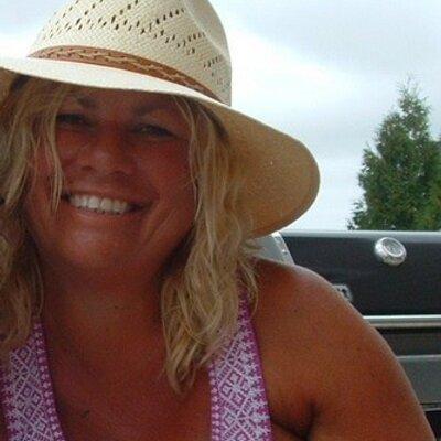 Jill Snyder | Social Profile