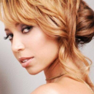 Ayana Moulton | Social Profile