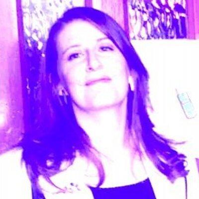 bea kelleher | Social Profile