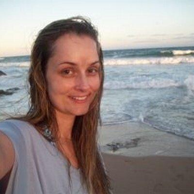 milena araujo barros   Social Profile