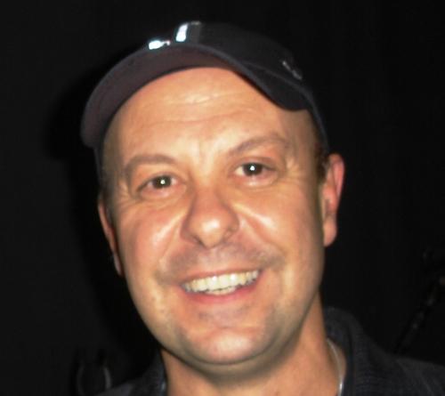 Bozzo Barretti Social Profile