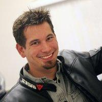 Darren Kitchen | Social Profile