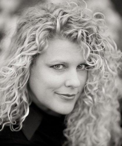 Erin Snyder Dixon's Twitter Profile Picture
